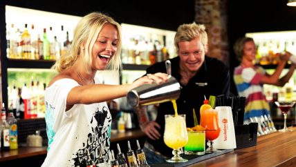 cocktail classes at bars in Auckland